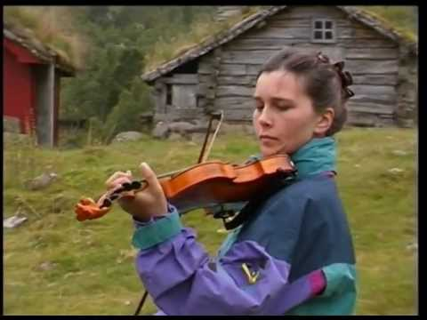 outdoor church service with traditional norwegian music in bostolen Romsdal  (video by ben&hanny)