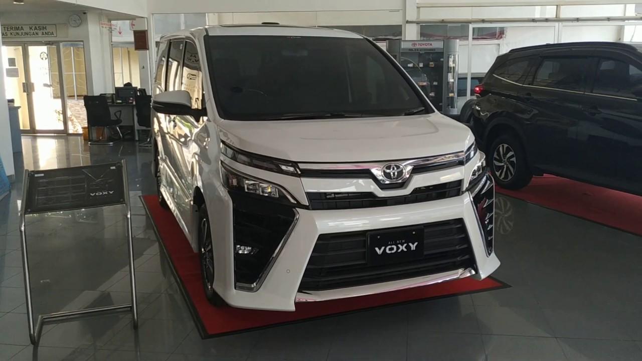 Kelebihan Mobil Voxy Harga