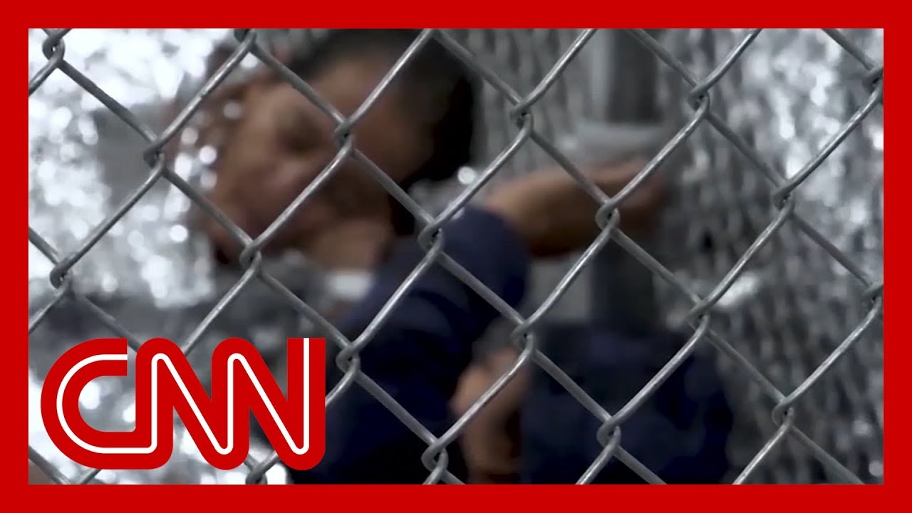 CNN:Trump admin pushes for indefinite detention of migrant families