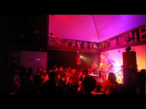 Žan i mazguni - Zatočen live @ Vis