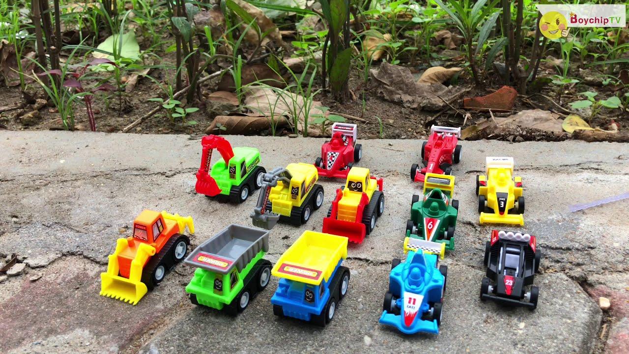Đồ chơi xe đua, xe tải, xe máy xúc | Toys for kids | BoychipTV