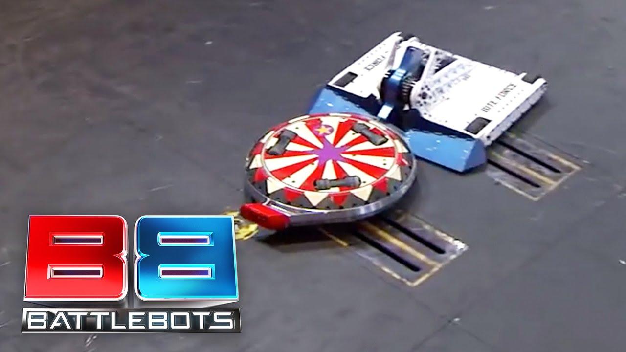 Bite Force vs The Ringmaster: BattleBots Season 2 Round of 32 ...