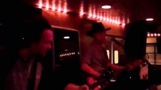 "Feed the Kitty at Texas Looseys - ""Valerie"""