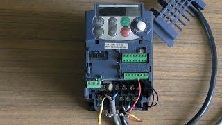 Частотник, частотный преобразователь1ф 220 - 3ф220 для асинхронного электродвигателя(Краткий обзор, быстрая настройка для первого запуска частотного преобразователя, который позволяет управл..., 2016-08-21T05:43:09.000Z)