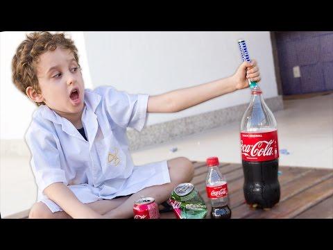 PAULINHO CIENTISTA e o Mentos com Coca Cola - Experiência para Crianças  (T01E04)