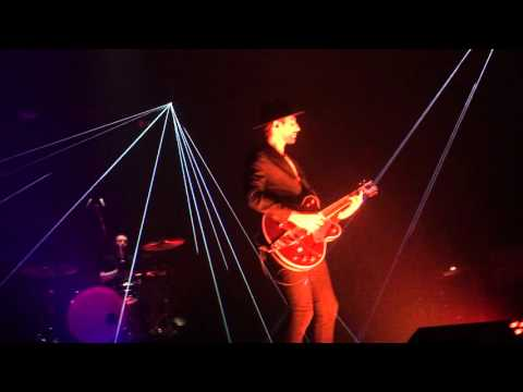 "AaRON "" Arm Your Eyes ""Lyon  Radiant Bellevue le 31/01/16..."