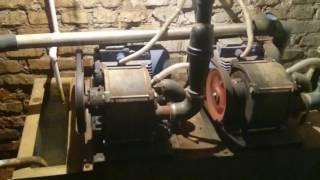 видео Водокольцевой вакуумный насос