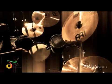 Free Download Garasi - Kembali ( Official Video ) Mp3 dan Mp4