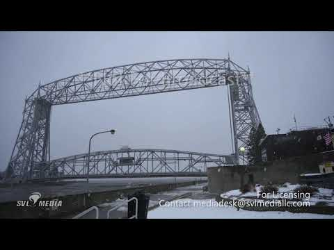 Duluth, Minnesota - High Waves/Impending Blizzard - November 30th, 2019