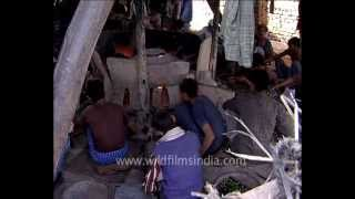 Bangle making in India - a village handicraft