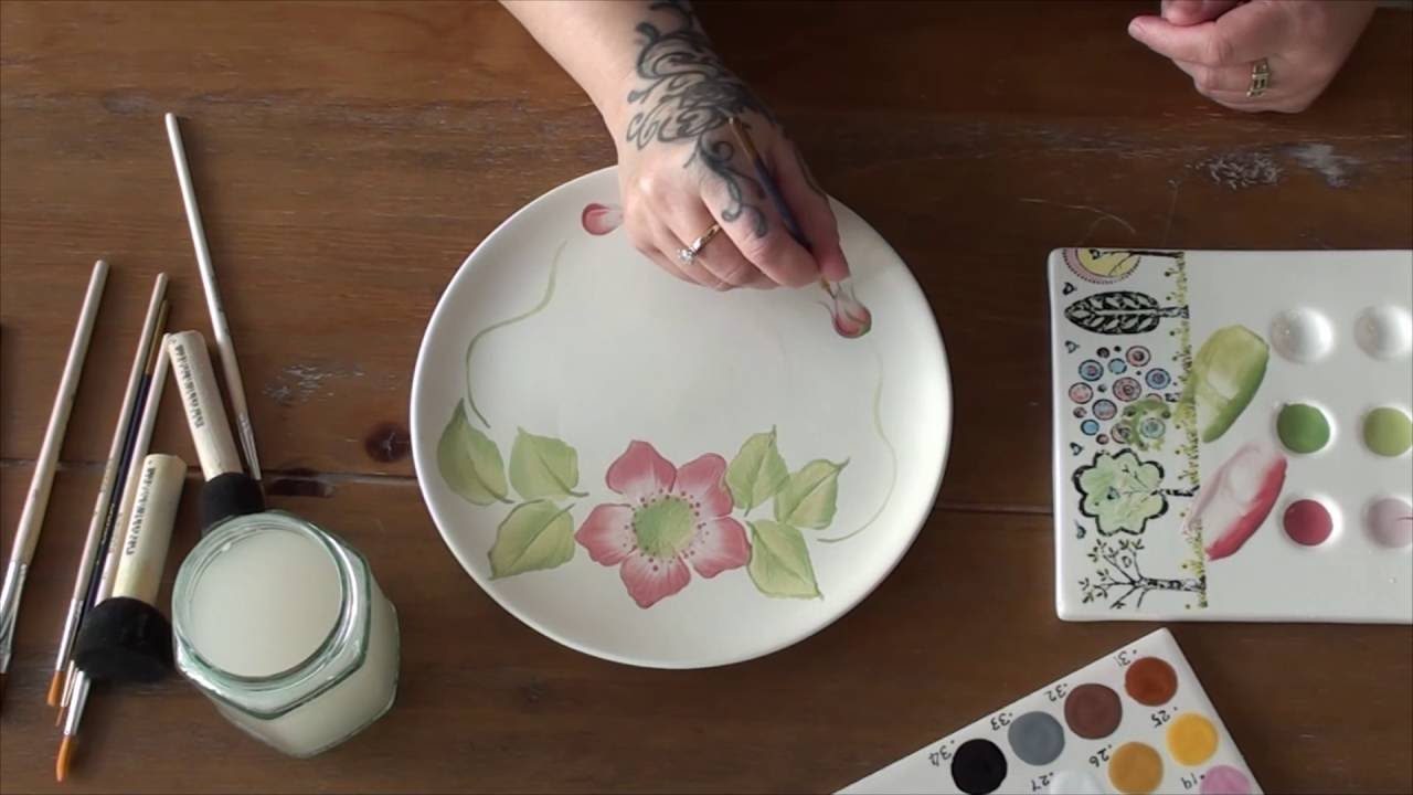 One stroke painting on pottery ceramics youtube for Paint and pottery