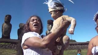 Bautizo ancestral Rapanui de Kimai Hanga Nui en Ahu Tongariki mayo 2011