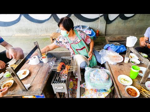 Unique and RARE THAI FOOD in Chiang Mai, Thailand! | Best Restaurants in Chiang Mai Tour