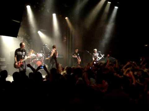 """Die Toten Hosen """"Uno, Dos, Ultraviolento"""" (Barcelona 27.09.2009)"""