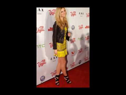 Brooklyn Decker Shows off Her High Heels and Long Legs