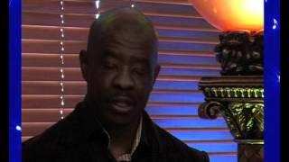 Apostle Simon Mokoena sings - HOSANA