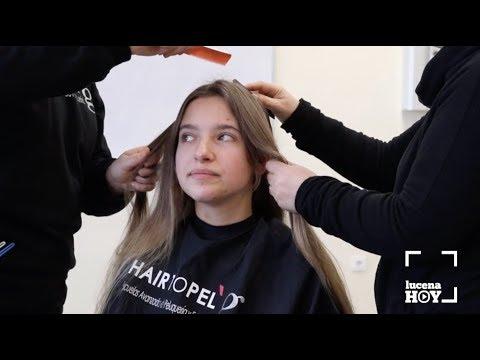 VÍDEO: Solidaridad: Cortarse el pelo en el instituto para que niños con cáncer puedan tener su peluca