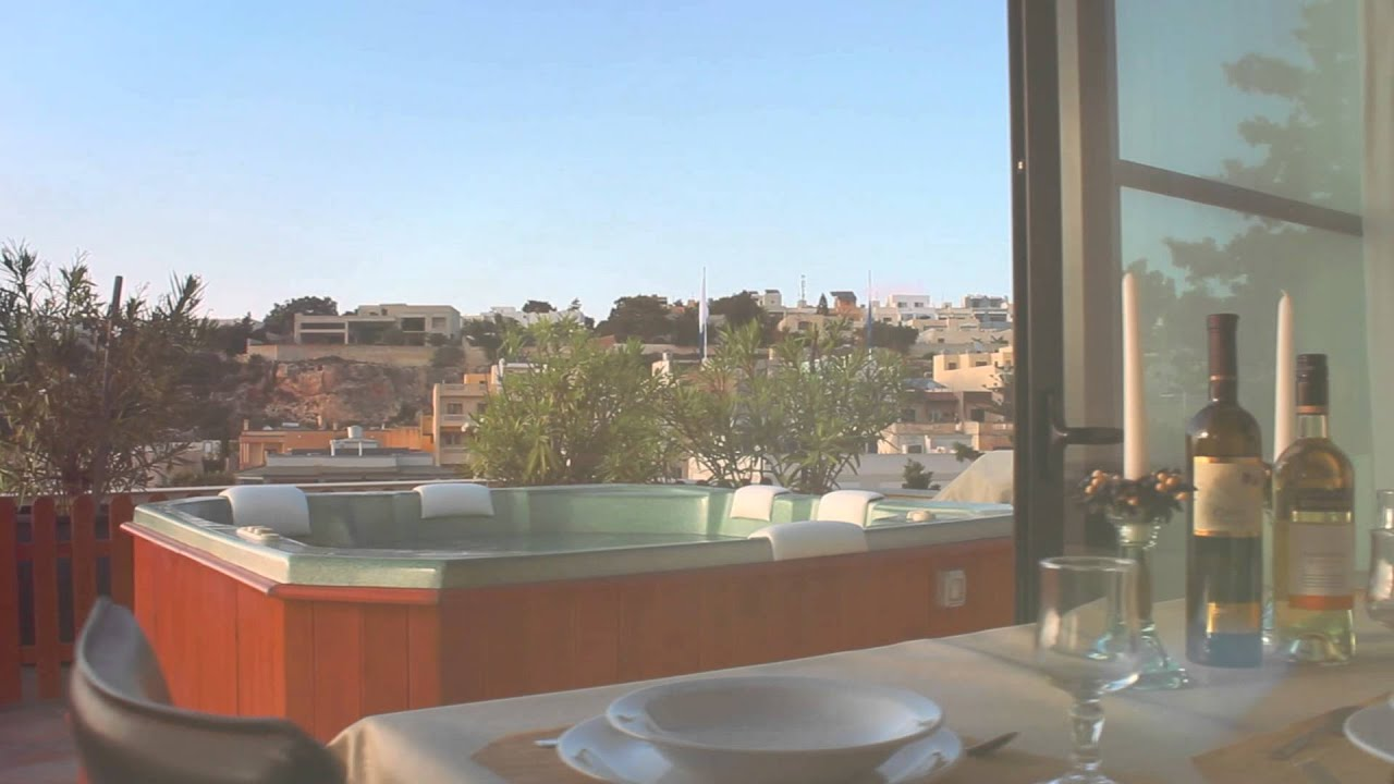 Mellieha 2 bedroom penthouse with private pool and jacuzzi for Pool design malta