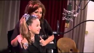 Mackenzie Ziegler sing song