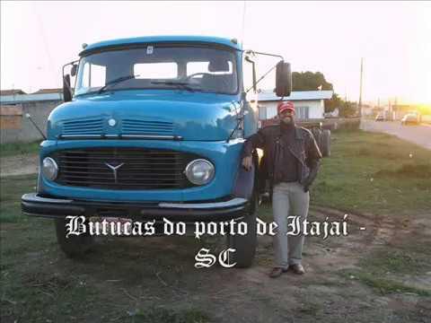 caminhoes, butucas e carretas do Porto de itajaí - SC