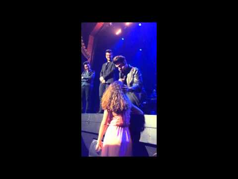 IL VOLO:  Ignazio Stops Girl from front row leaving for food - Las Vegas