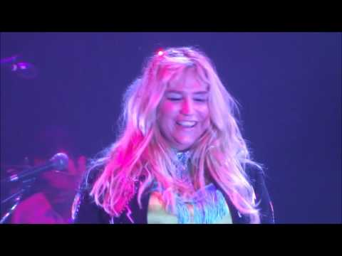 Kesha concert at the Waterfront Harrahs resort in Atlantic City, New Jersey!!! Part 1