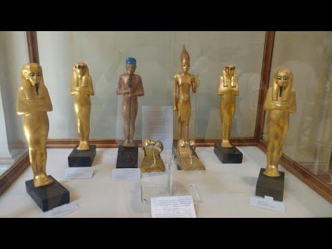 Tour inside the egyption museum in Cairo•جولة داخل المتحف المصري بالقاهرة