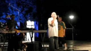champion alone david banton le son du marché fete de la sik 2009