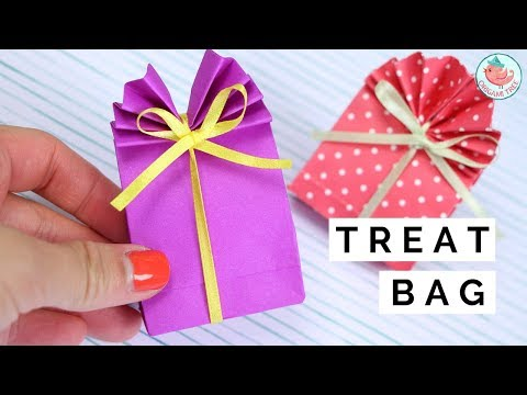 DIY Paper Treat Bag Tutorial - How Make a Paper Treat Bag with a Bow
