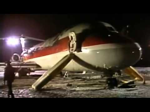 S04E03 Air Crash Investigation   Fire Fight   Air Canada 797