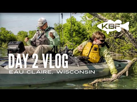 Kayak Fishing Half Moon Lake | Day 2 VLOG | Eau Claire, Wisconsin