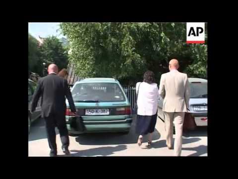 Karadzic's family meets Bosnian Serb PM Dodik