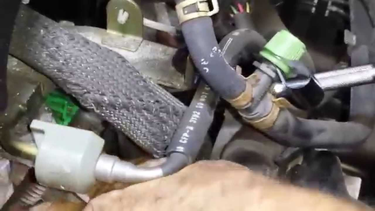 nissan 3 5 cam sensor how to replace them youtube nissan 3 5 cam sensor how to replace them