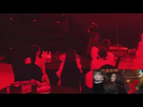 Red Velvets FULL reaction to IZ*ONE - La Vie en Rose 🌹 | 8th Gaon Chart Awards