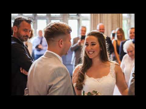 Wedding photographer The fleece countryside Inn, Ripponden, Yorkshire | Alise & Marcus