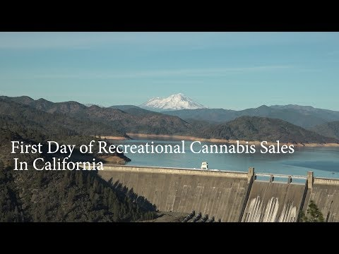 1st day of Recreational Weed Sales in California + Dispensary Walkthrough + Smoke Sesh
