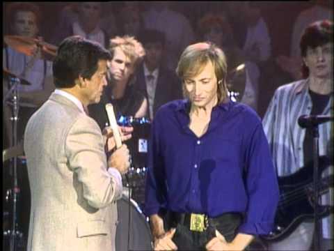 Dick Clark Interviews Nick Gilder - American Bandstand 1985