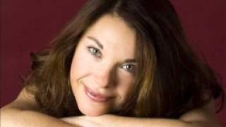 Pianistin aus der Krim Natalja Schmich spielt R.Schumann