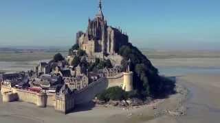 Survol du Mont-Saint Michel en Drone et images 4K
