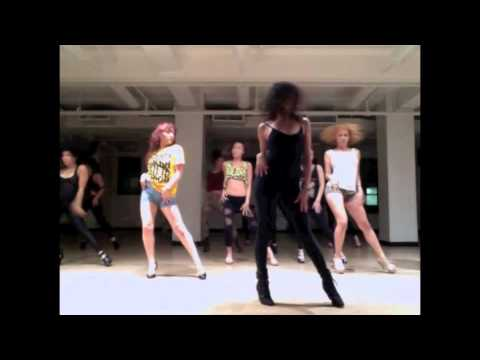 Danielle Polanco teaches to YES by Beyonce'