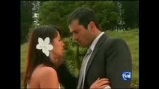 Repeat youtube video Deborah y Luis Carlos ~ en el bosque ...escena de pasion