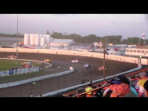 Modified Lcq 4 @ Farley Speedway 05/13/17