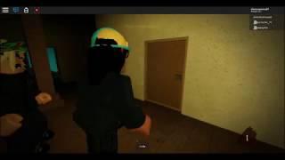 Alone in a Dark House: The Attic (Roblox Walkthrough) part 1