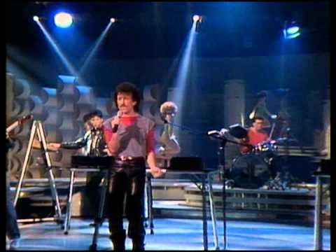 Matthew Wilder - Break My Stride (Solid...