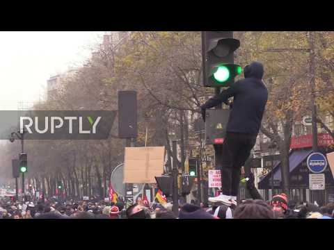 France: Thousands join