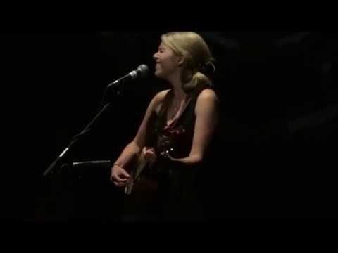 """""""Lay My Burden Down"""" Aoife O'Donovan - Badalona 2015"""