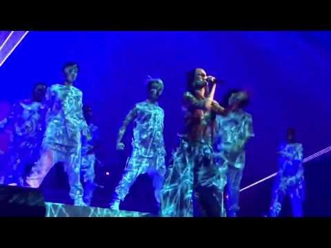 Break Free WNote ChangeAriana Grande Live in Buffalo at The Dangerous Woman Tour HD