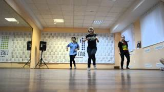 Будем знакомы - Kat'ia DanceHall workshop(30 августа в школе танцев LIKE ONE прошли открытые уроки( бесплатно) для всех желающих. HIP-HOP - 17:00 DANCEHALL - 18:00 CONTEMPORA..., 2013-08-31T09:40:24.000Z)