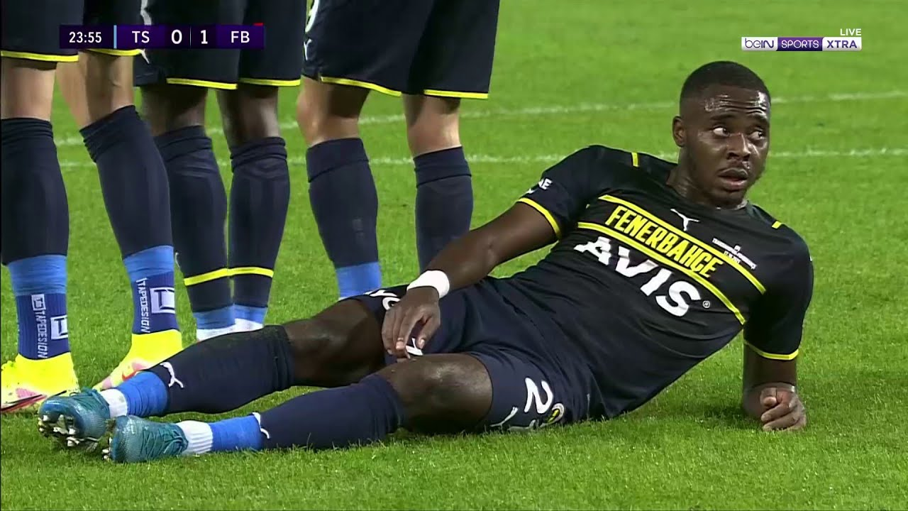 Download This Fenerbahce 'crocodile' did not work to stop this goal!