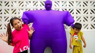 Bong and mommy and Big Inflatable pretend play videos for kids  , Bong TV